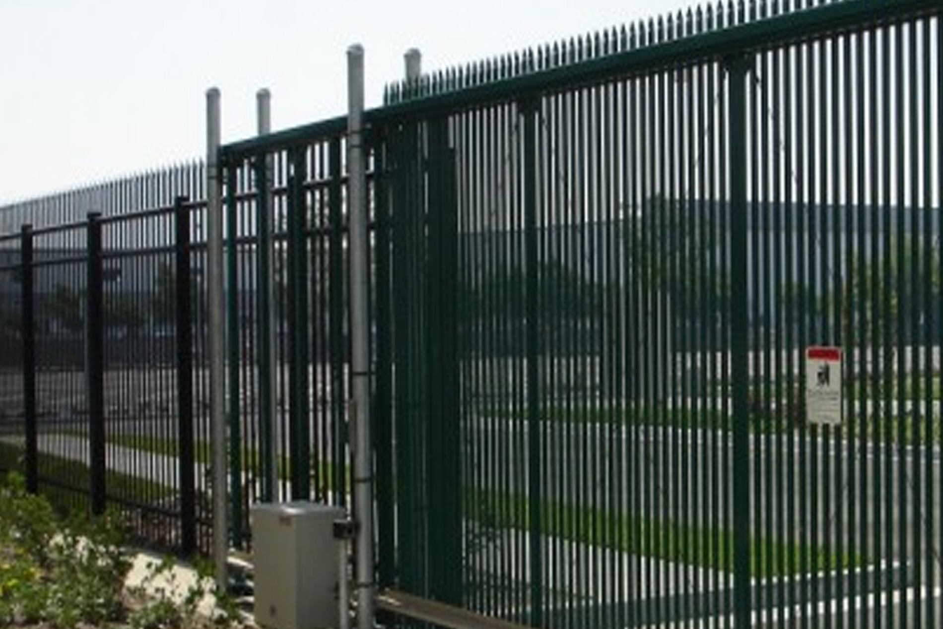 Commercial Gate Repair and Installation Service